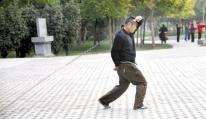 聊城东昌湖景区广场舞、甩鞭扰民?将加大巡查治理力度