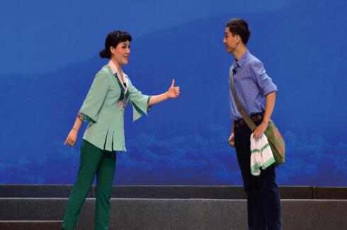 第十一届山东文艺节舞台剧美术展览轮番上阵  创作题材均取材于现实生活