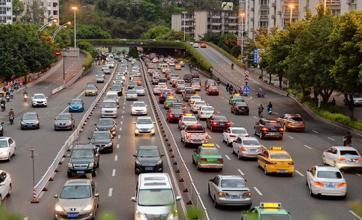 枣庄交警发布十一假期出行攻略  易堵、隐患路段都在这儿