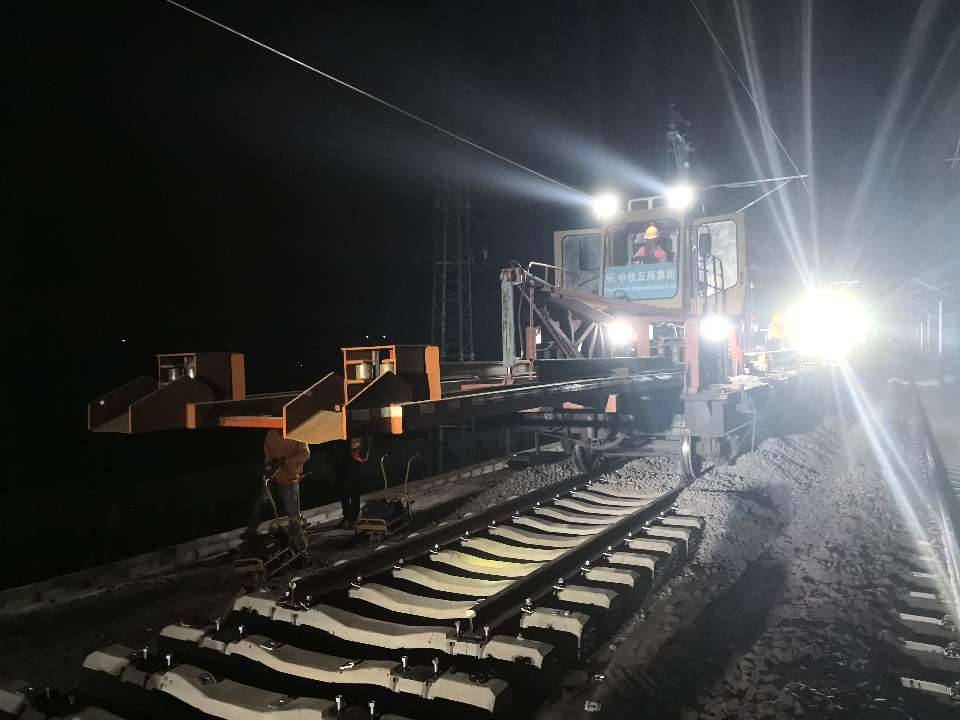 我们的第3780根钢轨!济青高铁青连铁路无缝连接背后的故事