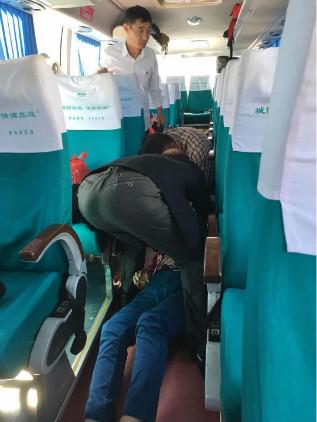 争分夺秒!游客潍坊服务区突发心脏病 党员冲在前紧急施救