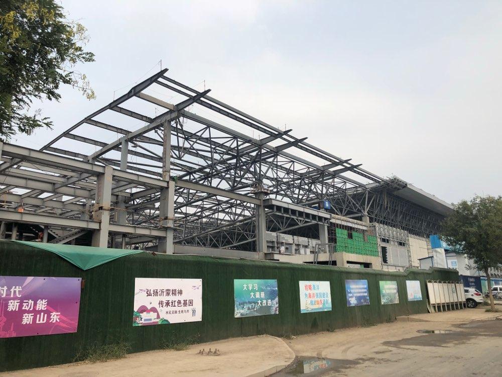 济南西部会展中心5展馆现真容 预计明年5月竣工