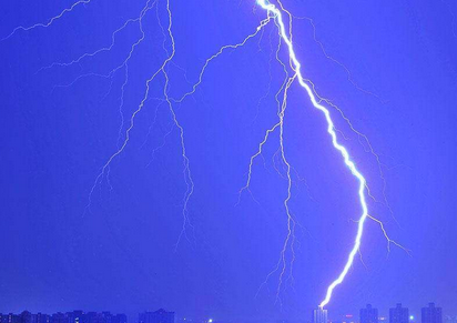 海丽气象吧丨滨州发布雷电黄色预警 局地或有冰雹