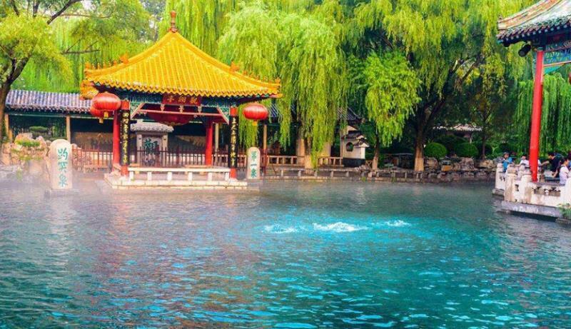 山东大幅降低景区门票价格 国庆期间游客暴涨