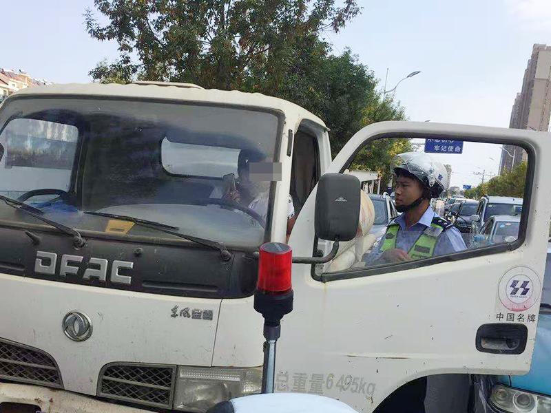 青岛交警曝光2018年第12批41起四类重点车辆交通违法
