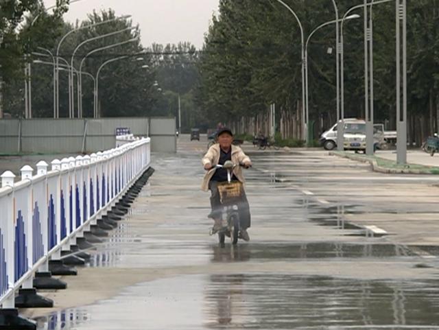 39秒|冠县这条路竣工通车 自带喷水装置可代替洒水车
