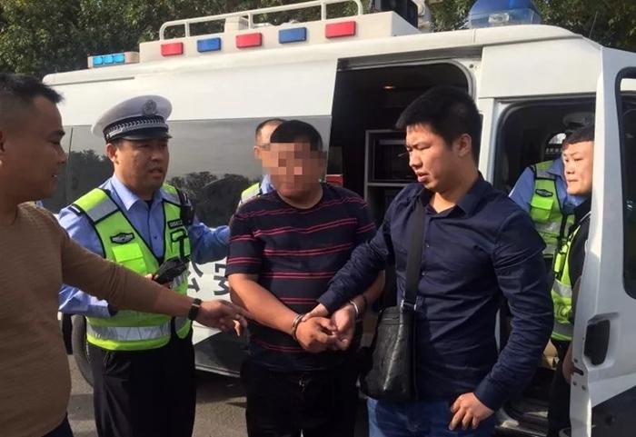 聊城:见交警查酒驾司机掉头逃窜 原是一名网上在逃人员