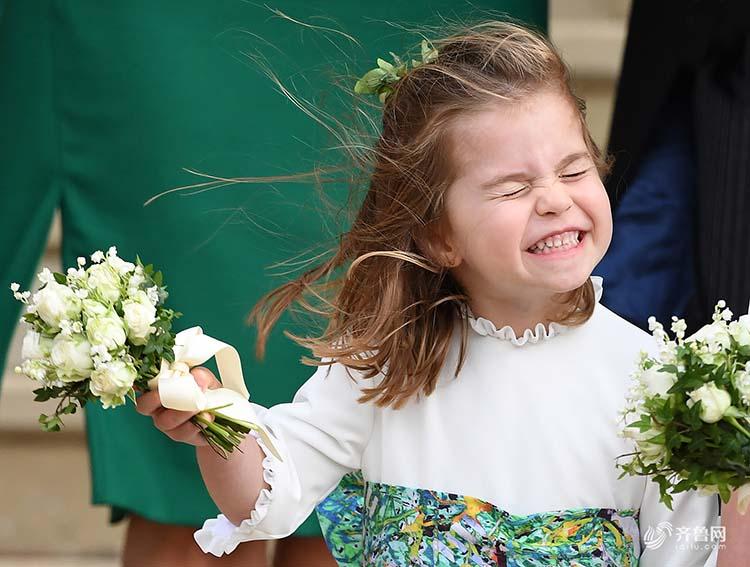 """英王室再迎大婚 萌娃、""""妖风""""成功抢镜"""