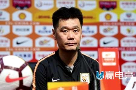 鲁能集中备战6人本赛季已结束 与韩国名帅传绯闻