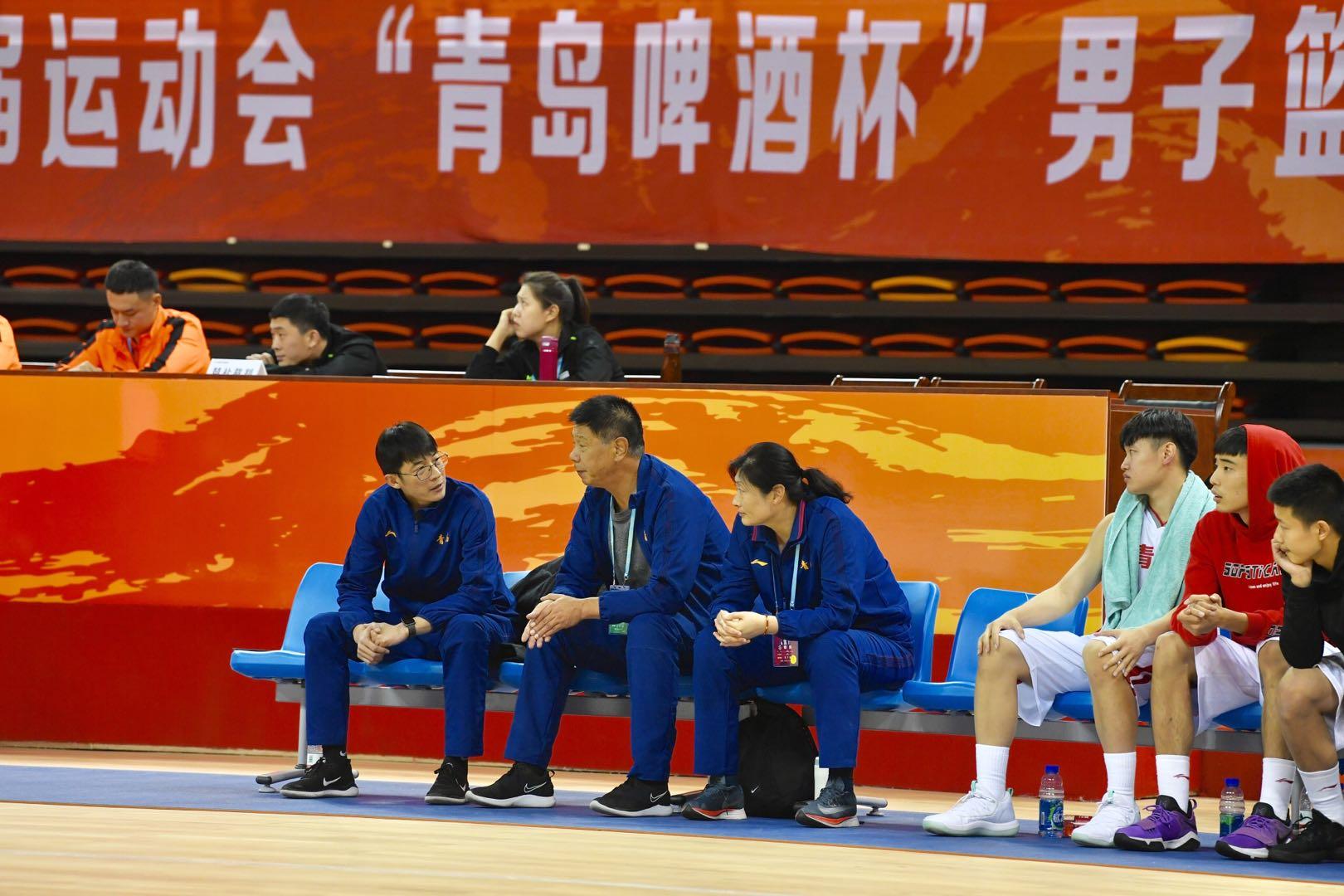 """省运会男篮""""济青""""会师决赛 两队少帅都想争第一"""