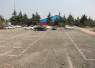 费县车管所:院内停车位全部留给群众 工作人员院外停车
