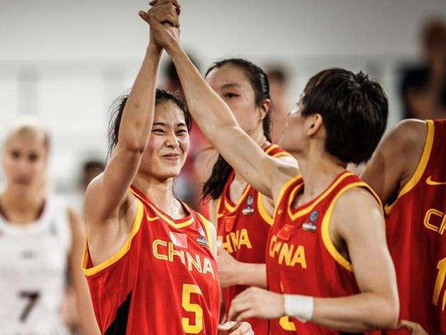 山东女篮新赛季瞄准四强 董事长:向中国女排学习