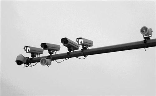 注意!聊城城区新增30套电子警察 抓拍闯红灯等违法行为