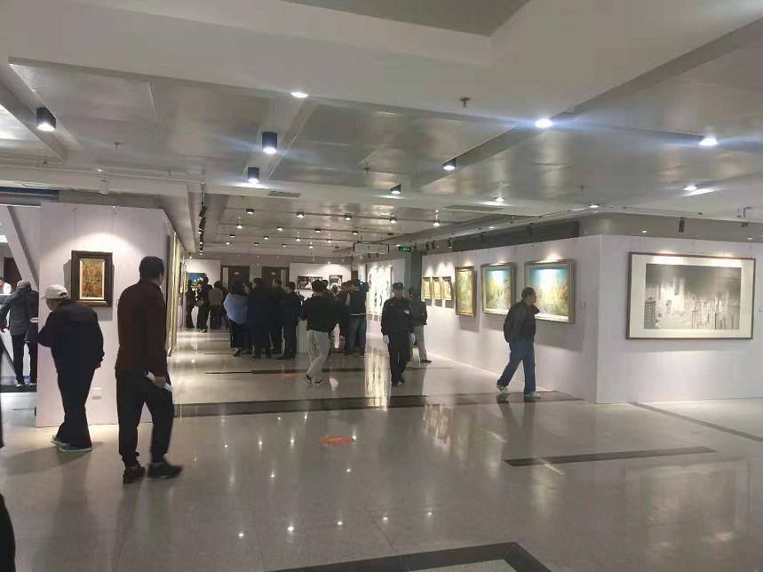 2018全国大学生艺术年度大展在青岛开幕 免费对外开放
