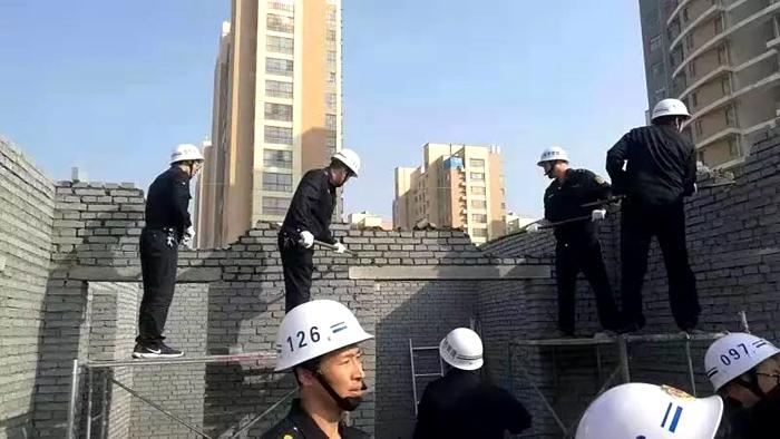 茌平县执法人员迅速出击 接连处置3处违章建筑