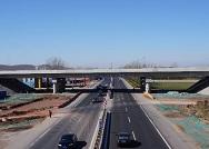潍日高速提前两月通车、环渤海潍烟高铁12月开工...山东交通再提速
