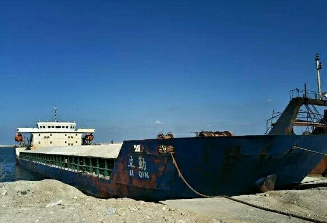 烟台芝罘海事处依法滞留一艘砂石运输船舶