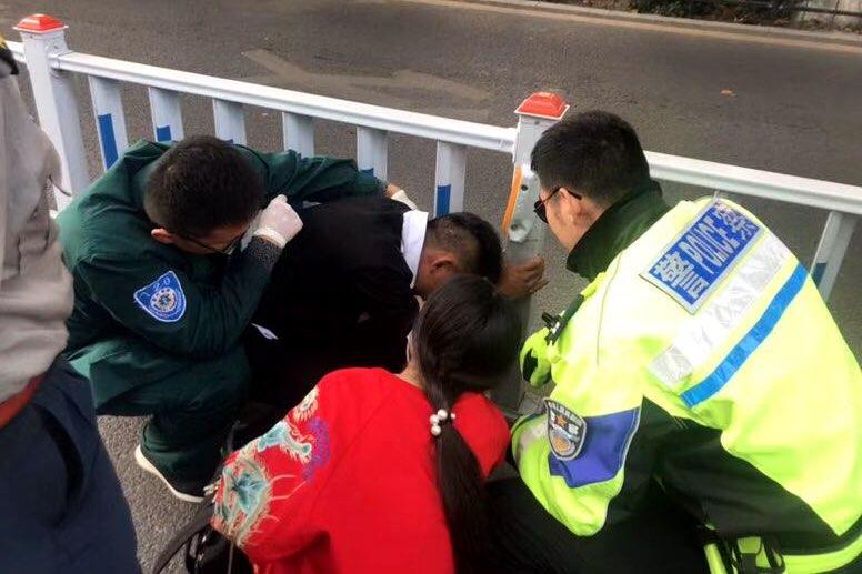 淄博:危难之中显身手 警民合力救伤者