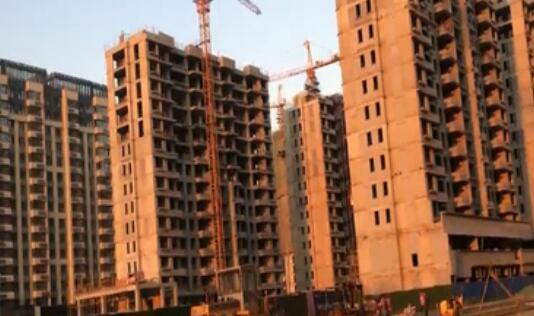 济南绿地IFC中央公馆售楼拆分合同 业主质疑捆绑销售