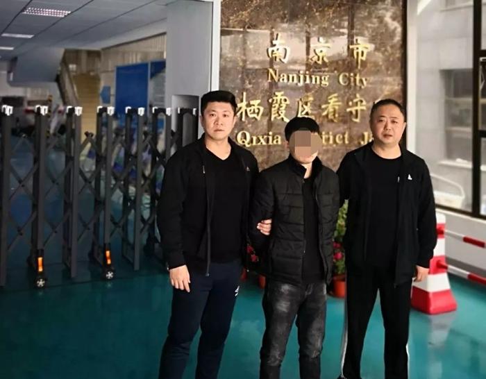 阳谷一嫌犯蒙面持刀抢劫 潜逃七年后终落网
