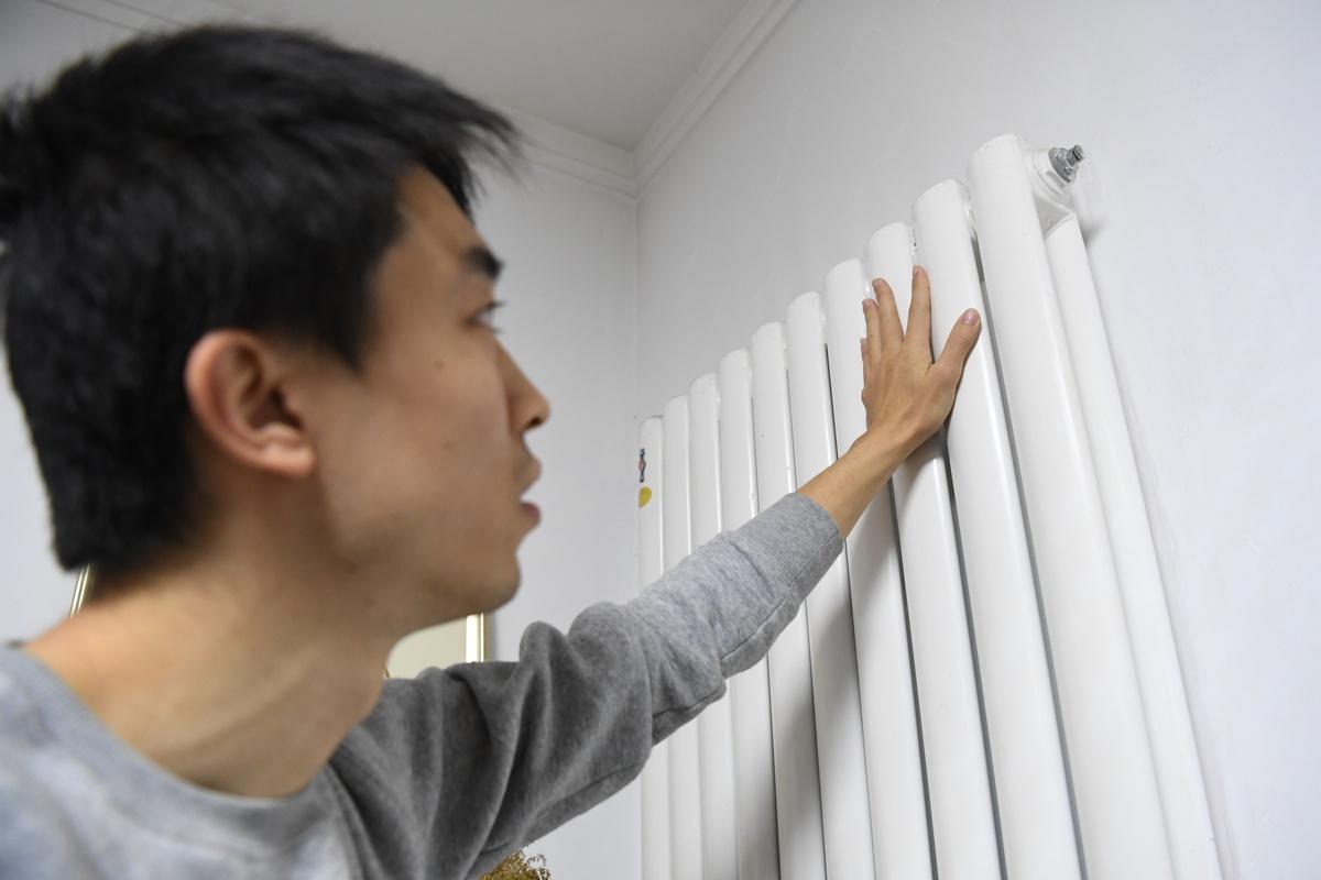 """供热预调试暖气不热? 济南热企人员教你一招""""制""""热"""