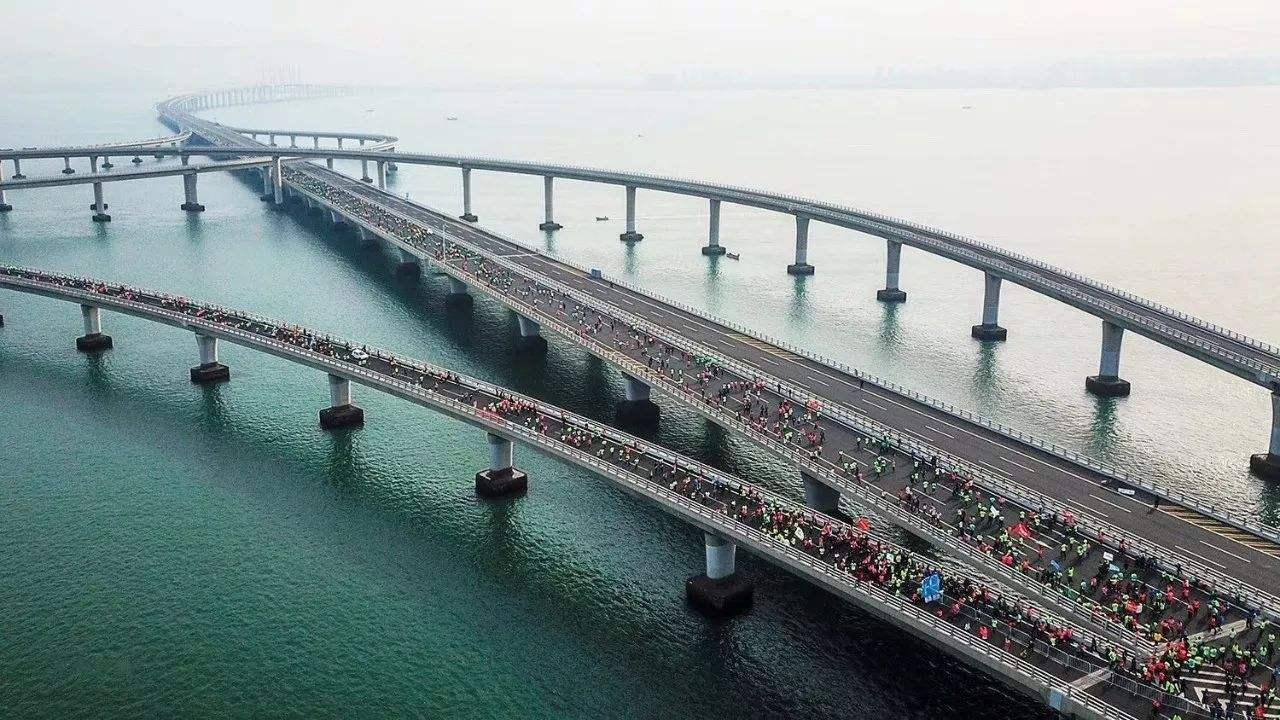 受2018青岛海上马拉松赛影响 3条公交线路进行调整