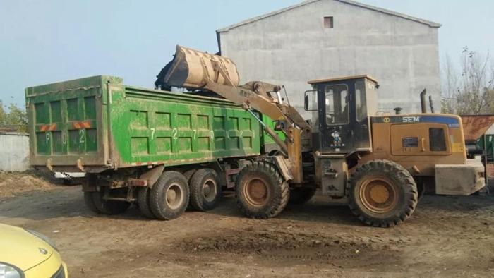冠县开展劣质散煤清零专项行动 查扣劣质散煤157吨