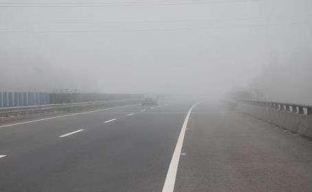 驾驶员注意了!青岛交警公示49处团雾多发路段