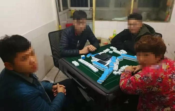 东阿警方捣毁一聚众赌博窝点 查获涉赌人员12人