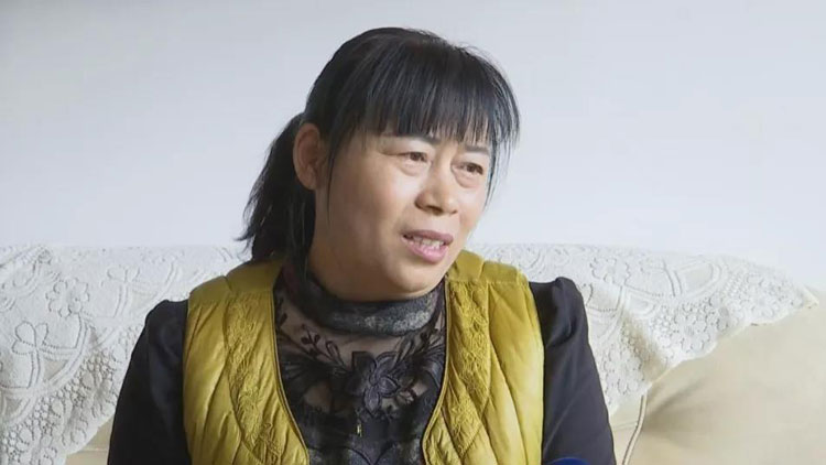 济南55岁阿姨遭遇退休难题! 要退休还要再等6年?