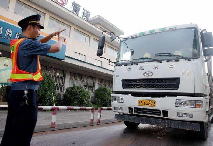 山东省交通运输厅全面推进治超联合执法工作