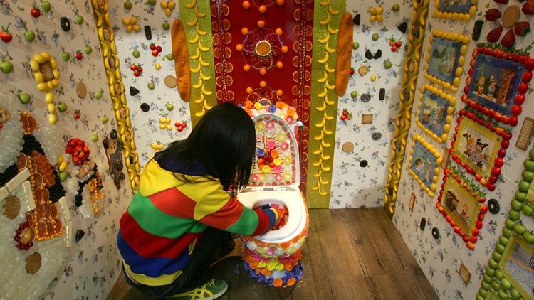 """世界厕所日:盘点世界各地""""高大上""""洗手间 让你大开眼界"""