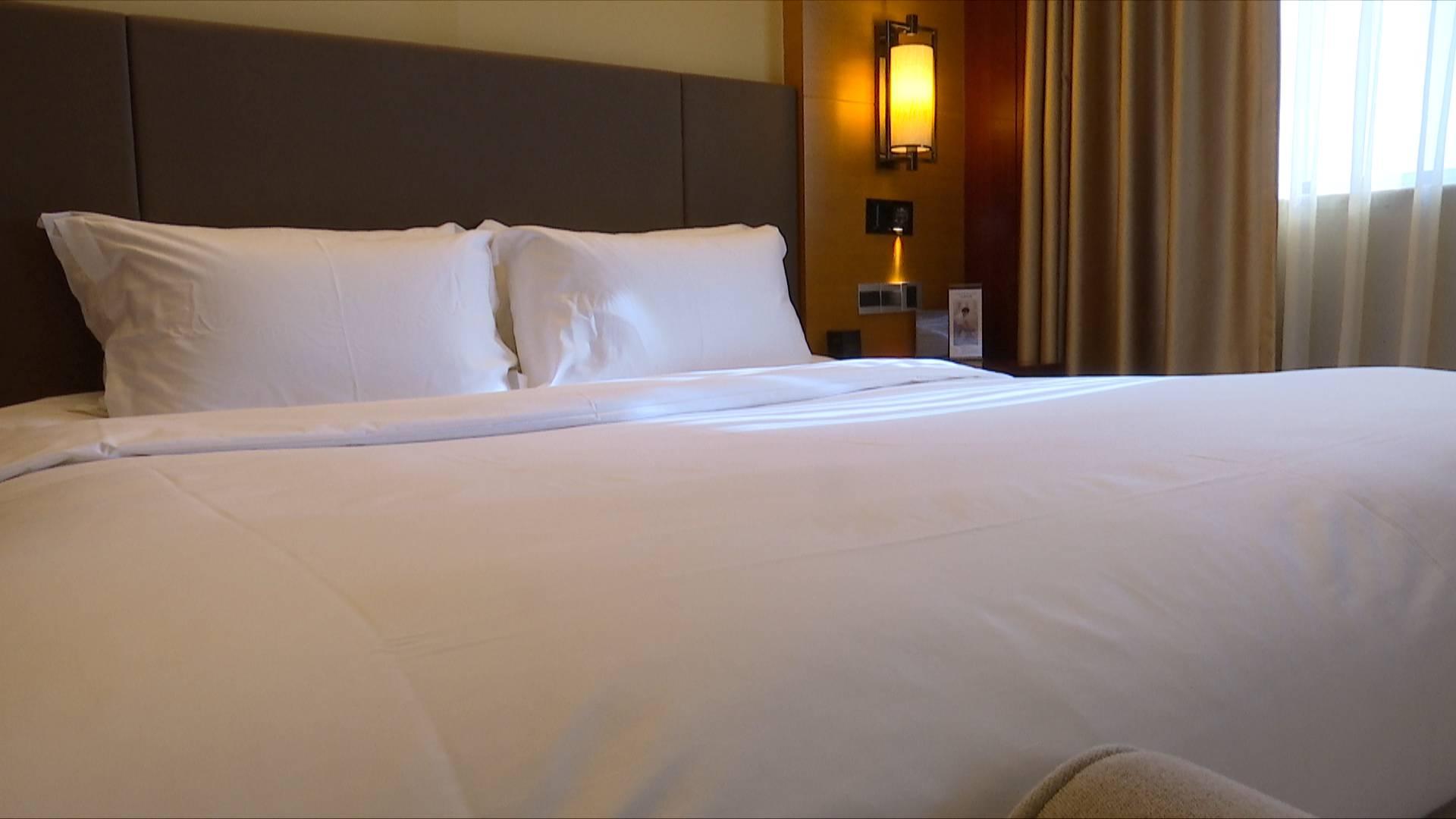酒店卫生乱象频发 记者实地调查:山东酒店企业如何杜绝