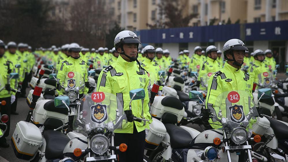 青岛交警部门:即日起初犯这8种轻微交通违法行为不予处罚
