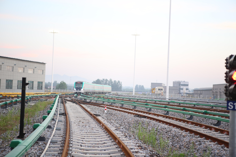 青岛地铁13号线于12月1日结束试运行 即将开通试运营