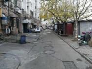"""潍坊这个小区""""吐脏水""""的污水井终于通了 后续管理得按""""规矩""""来"""