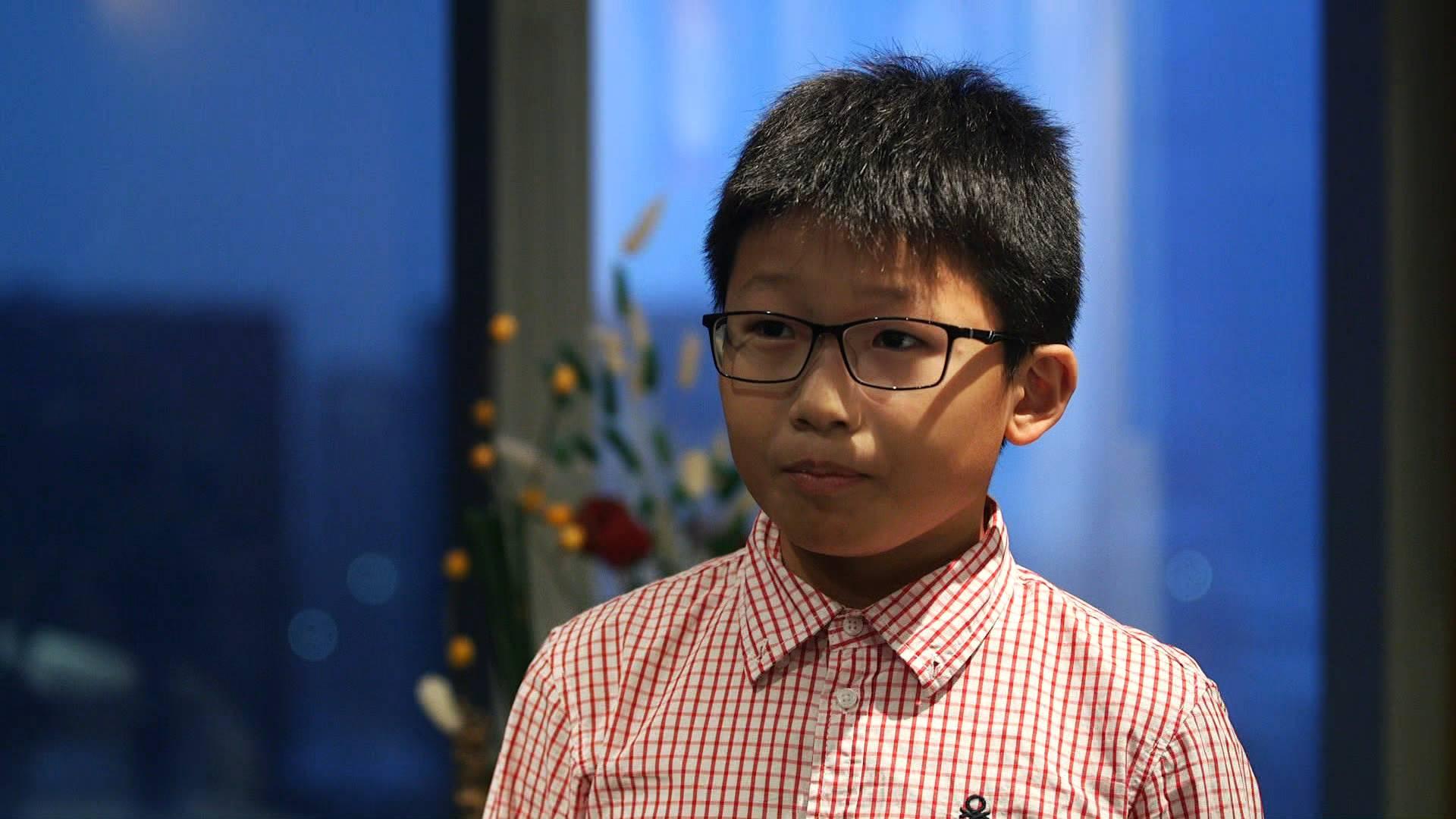 """33秒丨五年级学生施钧瀚:我在电视上看到""""好客山东欢迎你"""""""
