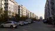 """车位不够用、""""飞线""""充电 潍坊这个小区居民的""""烦心事""""有了解决方案"""