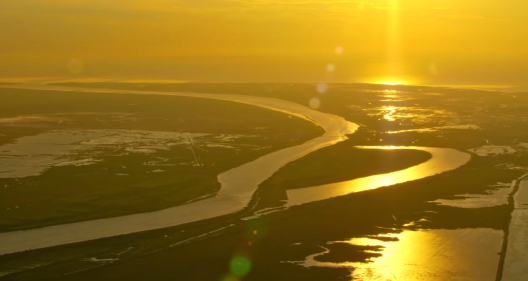 飞阅齐鲁|一览黄河入海,俯瞰共和国最年轻土地崛起两座城