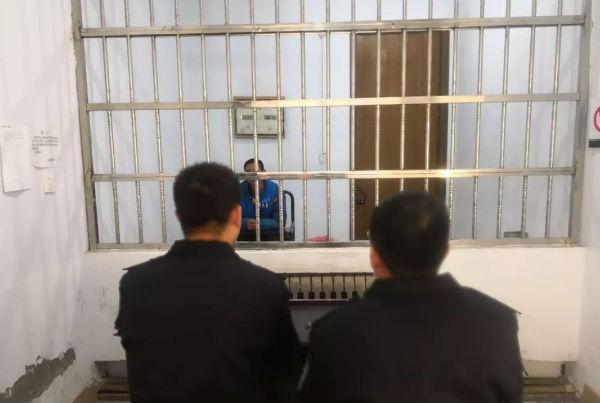 蒙面男子采取暴力手段抢劫财物 五莲警方3日破案擒凶