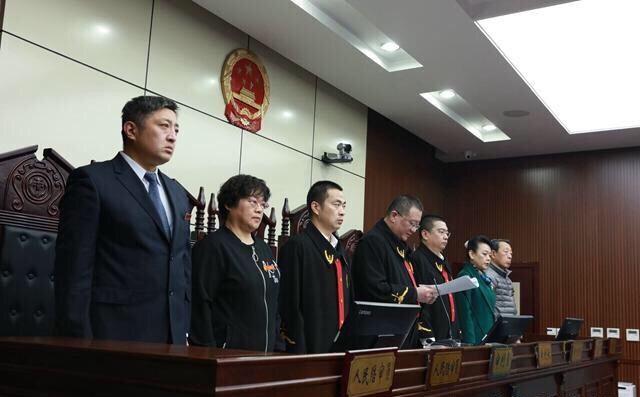 强行控制青岛台东一路夜市,李学跃一审被判处有期徒刑二十五年