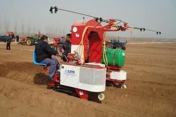 山东省化肥减量增效技术专家指导组成立