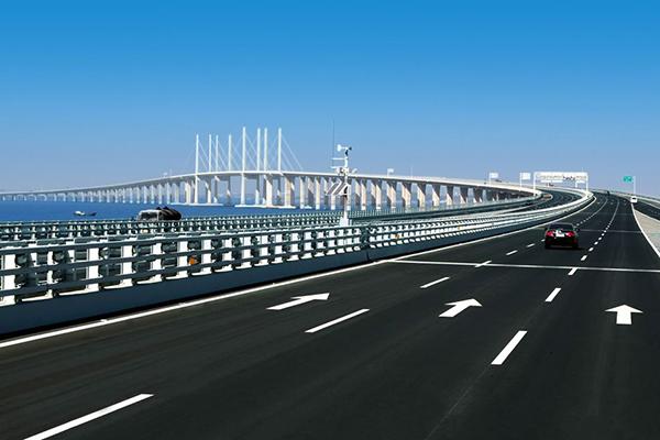 日兰高速巨野西至菏泽段改扩建今天开工 边通行边施工