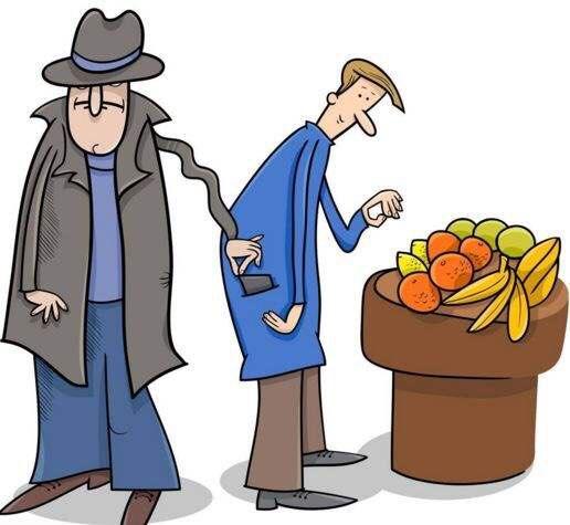 淄博一男子趁着人多偷手机 殊不知监控记录全过程