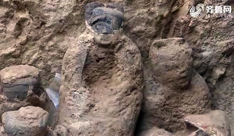 保存完好! 山东半岛首次出土2000多年前汉代彩绘陶俑