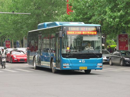 元旦小长假期间 济南公交共运送乘客520万人次