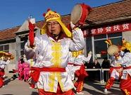 济南:精准帮扶促发展 扶贫助学公益行
