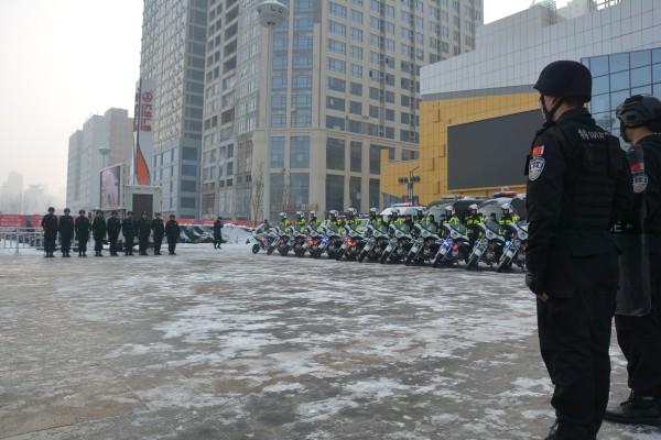 """菏泽市开展110宣传日活动  """"群众的守护神""""风雨陪伴23年"""