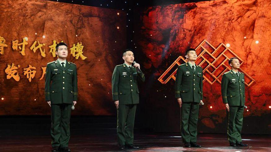 """王成龙被追授""""齐鲁时代楷模"""",听同学战友眼中的""""榜样"""""""