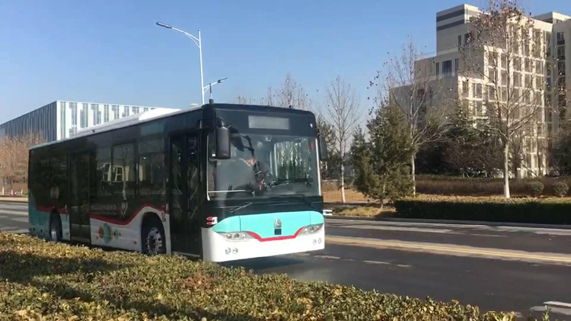 37秒丨滴!济南首辆无人驾驶公交车上路测试,区域内5G全覆盖